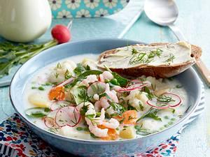 Kesäkeitto - Sommer-Gemüsesuppe mit Garnelen Rezept