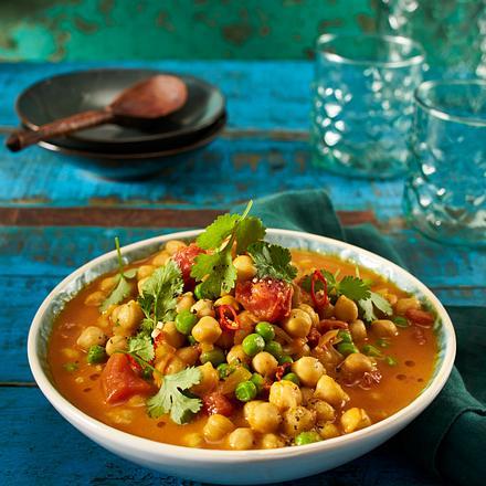 Kichererbsen-Curry mit Erbsen Rezept
