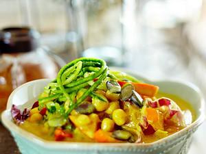 Kichererbsen-Kokos-Curry mit Kürbis und Zucchini Rezept