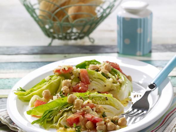 Kichererbsensalat mit Tomaten und Spitzkohl Rezept