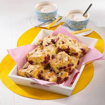 Kirsch-Becherkuchen Rezept