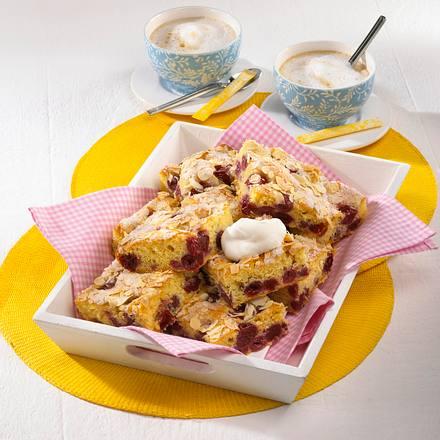 Kirsch-Blechkuchen Rezept