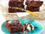 Kirsch-Brownies mit weißer Schokolade Rezept