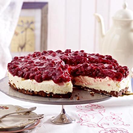 Kirsch Frischkase Torte Mit Schoko Nougat Boden Rezept Lecker