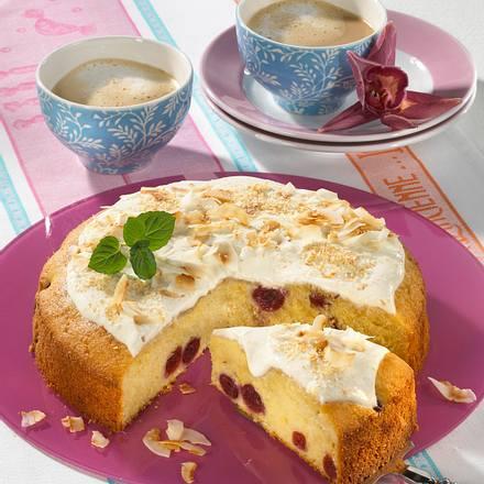 Kirsch-Kokos-Crème-fraîche-Kuchen Rezept