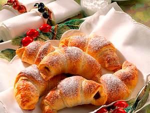 Kirsch-Marzipan-Croissants Rezept