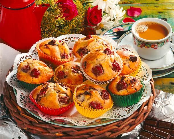 Kirsch-Muffins mit Schoko-Bits Rezept