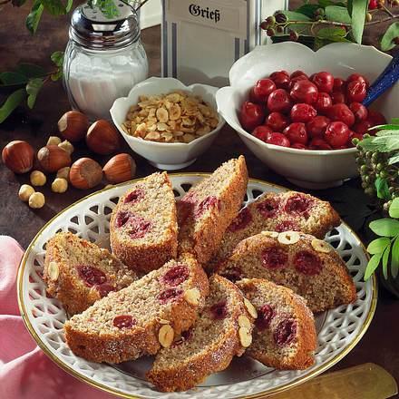 Kirsch-Nuss-Kuchen Rezept