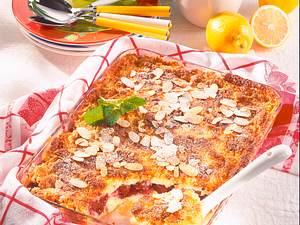 Kirsch-Quark-Auflauf mit Mandelkruste Rezept