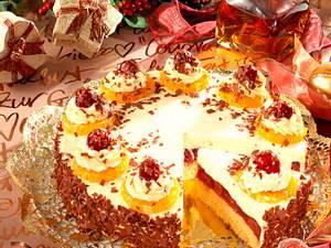 Kirsch-Rum-Vanille-Sahne-Torte Rezept