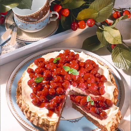 Kirsch-Torte mit Mascarpone-Creme Rezept