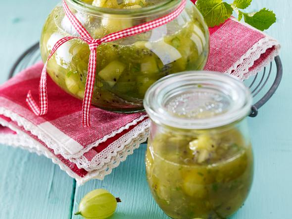 Kiwi-Stachelbeer-Chutney Rezept