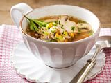 Klare Pilz-Gemüse-Suppe Rezept