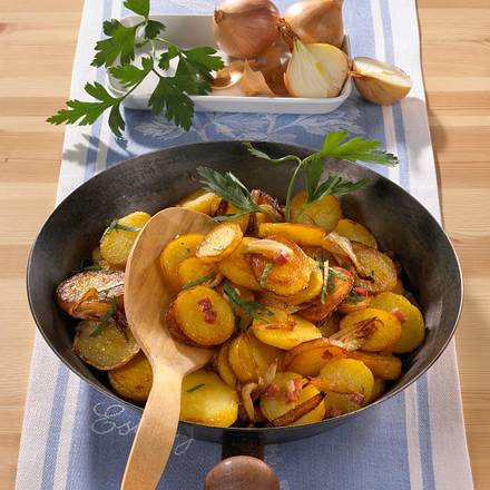 Klassische Bratkartoffeln Rezept