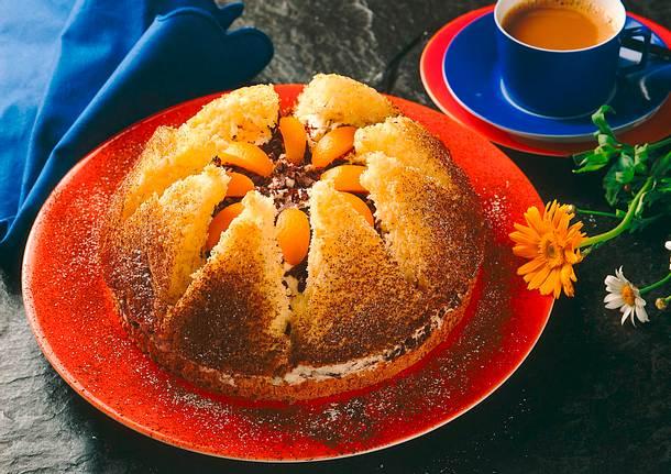 Kleine Biskuit-Kronen-Torte Rezept