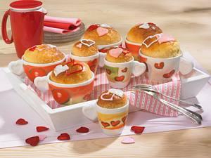 Kleine Hefe-Tassenkuchen Rezept