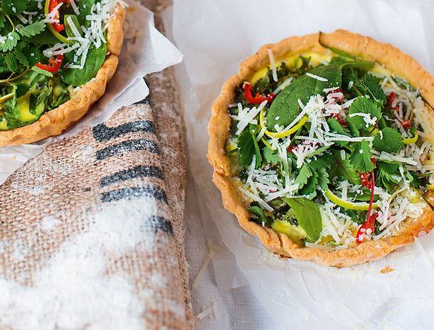 Kleine Käse-Spinat-Tartelettes Rezept