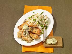 Kleine Knoblauch-Putenschnitzel mit Gemüsereis Rezept