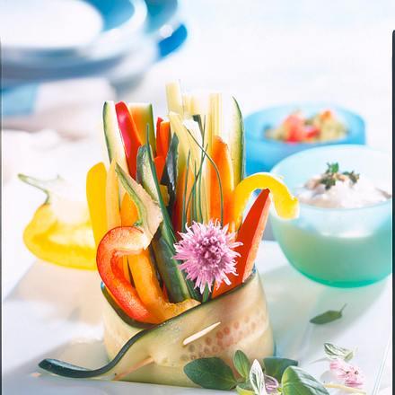 Knackige Gemüsesticks mit Dips Rezept