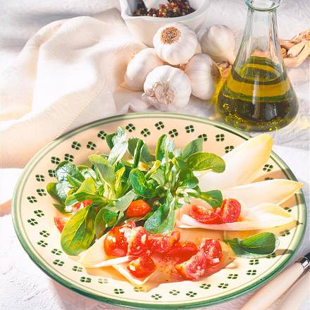 Knackiger Blattsalat Rezept