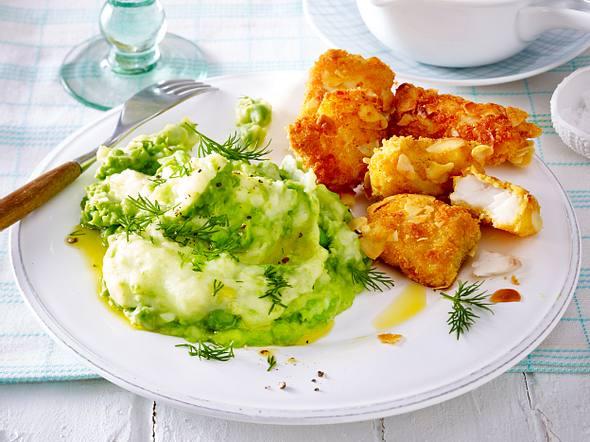 Knusperfisch-Nuggets mit Erbsenpüree Rezept