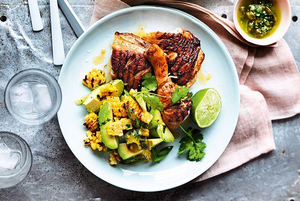 Knusperkeule an Avocado-Mais-Salat Rezept