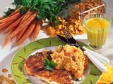 Knusperschnitzel mit Möhren-Kartoffel-Püree  Rezept