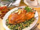 Knusprige Ente mit Apfel-Soße Rezept