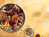 Knusprige Entenkeulen mit Rotkohl, Gnocchi und Kakao-Zatar Rezept