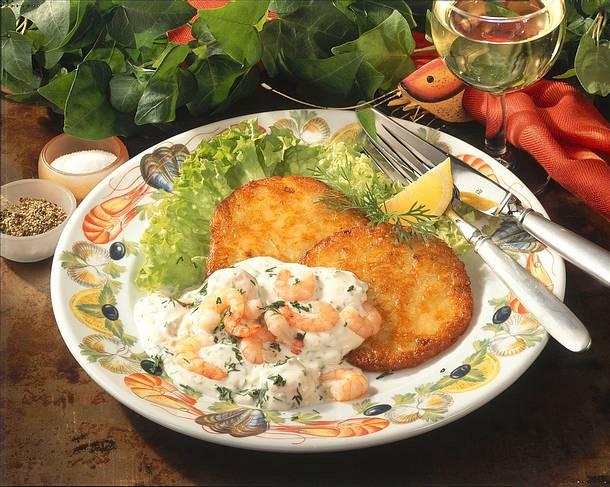 Knusprige Kartoffelpuffer mit Knoblauch-Garnelen Rezept