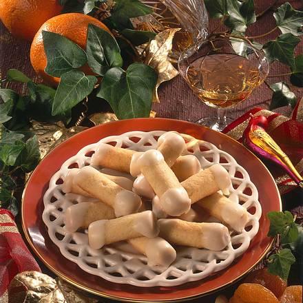 Knusprige Orangen-Frucht-Röllchen Rezept
