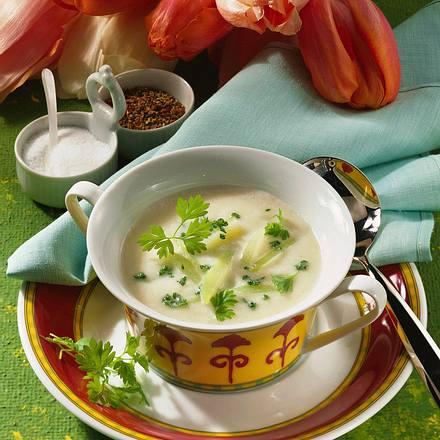 Kohlrabi-Cremesuppe mit Kerbel Rezept
