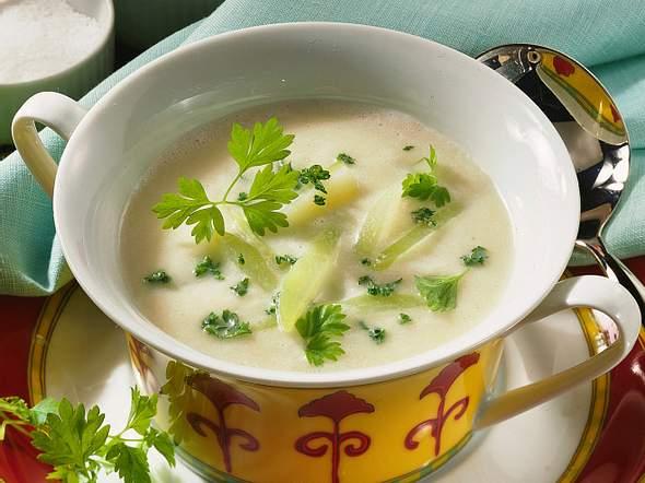 Kohlrabi-Kräuter-Suppe Rezept