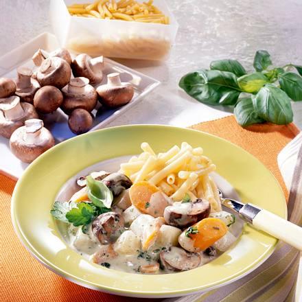 Kohlrabi-Möhren-Ragout zu Nudeln Rezept