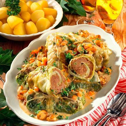 Kohlrouladen in Gemüsesoße Rezept
