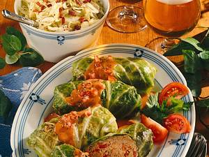 Kohlrouladen mit Tomatensoße Rezept