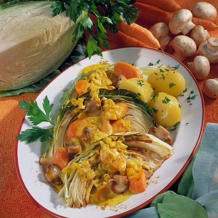 Kohlspalten mit Currygemüse Rezept
