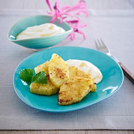 Kokos-Ananas mit Honigsahne Rezept