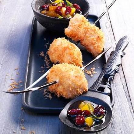 Kokos-Hähnchen-Spieße mit scharfer Aprikosen-Cranberry-Salsa Rezept