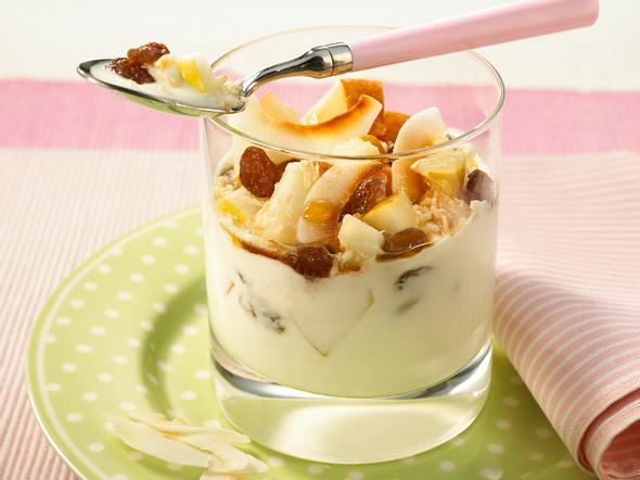 Kokos-Joghurt mit Birne und Ahornsirup Rezept