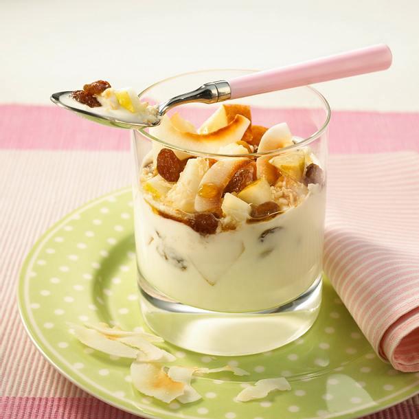 Kokos-Joghurtbecher mit Apfel Rezept