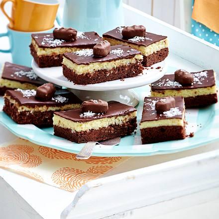 kokos kuchen vom blech rezept chefkoch rezepte auf kochen backen und schnelle. Black Bedroom Furniture Sets. Home Design Ideas