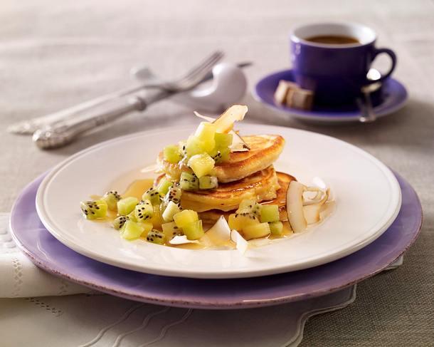Kokos-Pancakes mit Kiwi-Salat Rezept