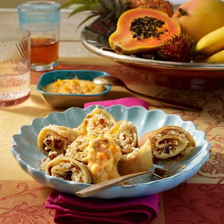 kokos pfannkuchen mit mango joghurt rezept. Black Bedroom Furniture Sets. Home Design Ideas