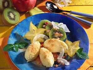 Kokos-Reis-Nocken auf Früchten Rezept