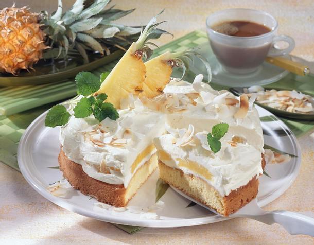 Kokoskuchen mit Rum-Ananas Rezept