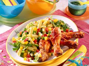 Konfetti-Salat mit Hähnchenkeulen Rezept