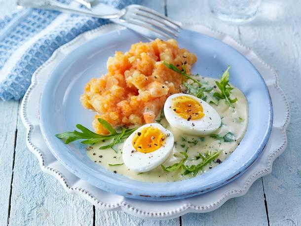 Kostenbewusste Senf-Eier zu Möhrenstampf Rezept