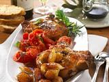 Kotelett zu Balsamico-Zwiebeln und -Tomaten Rezept
