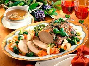 Kotelettbraten mit Gemüse und Pesto-Kruste Rezept